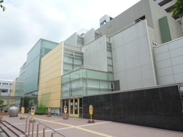 大阪市立鶴見図書館