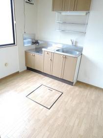 https://image.rentersnet.jp/0b7f7dac-bbf2-4c9f-afdd-c20f290876f2_property_picture_953_large.jpg_cap_居室