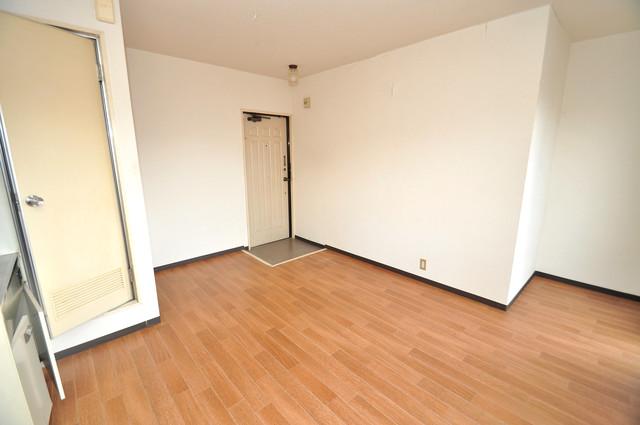 ブリリアント神路 朝には心地よい光が差し込む、このお部屋でお休みください。