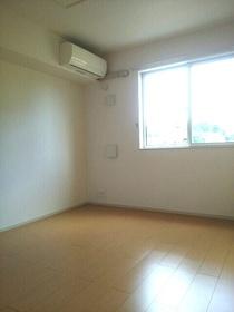 https://image.rentersnet.jp/0b9e11e1-2fb6-4e1b-9072-8003e4c736ea_property_picture_3520_large.jpg_cap_居室
