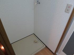 洗面所に洗濯機置場あり