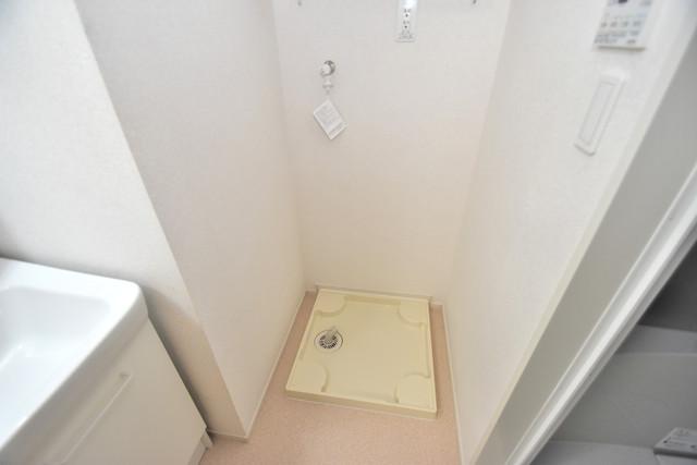 リジエールⅡ 嬉しい室内洗濯機置場は脱衣場も兼ねています。