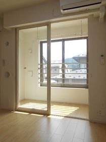 https://image.rentersnet.jp/0c35bd77-35db-477d-aa51-c5e10306117d_property_picture_3521_large.jpg_cap_設備