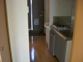 ビューヴィブァン�U 103号室