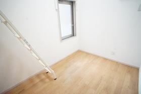 https://image.rentersnet.jp/0c44354e-bdd6-422c-bc75-aba21b9d7683_property_picture_2987_large.jpg_cap_居室