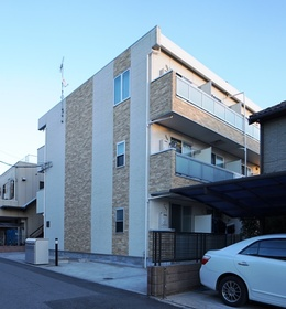 2013年築のセキュリティマンション