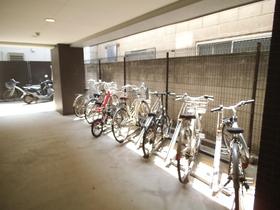 自転車置場はこちらです!