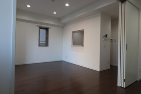 https://image.rentersnet.jp/0cceb9fa-797d-4167-85f4-a886850c4b02_property_picture_1992_large.jpg_cap_居室