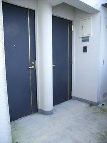 シャンテ百反坂 303号室