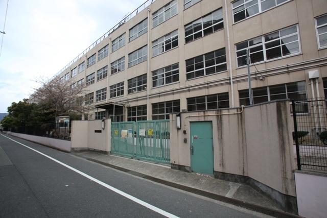 サンビレッジ・ラポール 東大阪市立西堤小学校