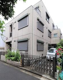 B's HOUSE 203号室