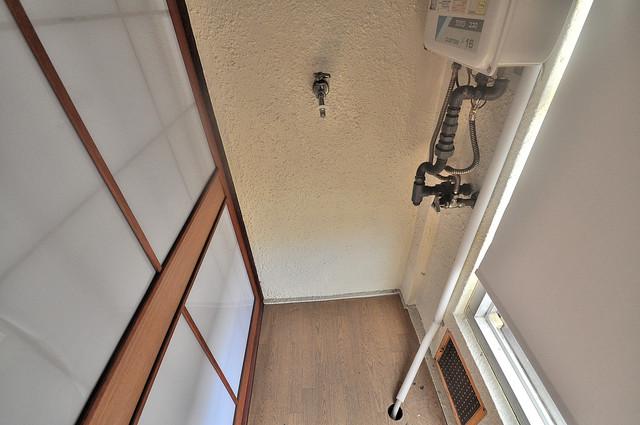 長栄寺第5コープ 室内に洗濯機置き場があれば雨の日でも安心ですね。