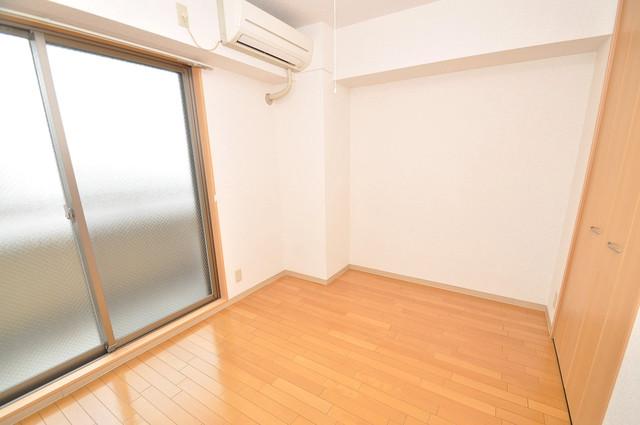 Celeb布施東 朝には心地よい光が差し込む、このお部屋でお休みください。