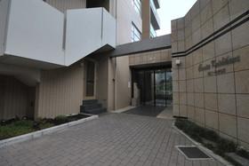 コルニーチェ小石川駐車場