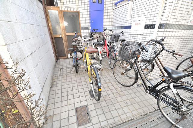 コーポ99 あなたの大事な自転車も安心してとめることができますね。
