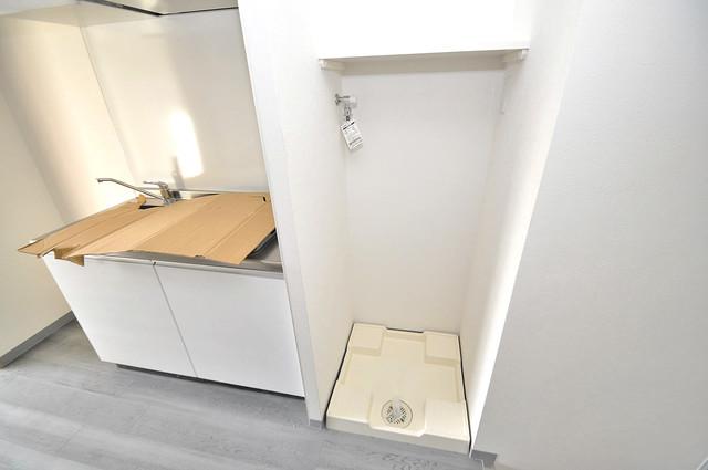 Amabile小路 洗濯機置場が室内にあると本当に助かりますよね。