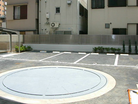 スカイコート池袋西壱番館駐車場