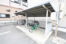 https://image.rentersnet.jp/0e030db6-c2a0-49b5-bc5d-87a9efb69e99_property_picture_9494_large.jpg_cap_駐輪スペース