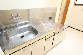 https://image.rentersnet.jp/0e28d9bd-5228-478a-8bf2-fe87191f47e3_property_picture_958_large.jpg_cap_キッチン