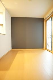 https://image.rentersnet.jp/0e4e0579-f6f5-4211-a505-655a1bb0cc3f_property_picture_3276_large.jpg_cap_居室