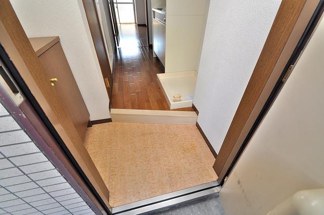グランドゥルイ 素敵な玄関は毎朝あなたを元気に送りだしてくれますよ。