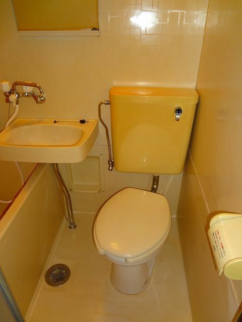 メゾンロワール横浜トイレ