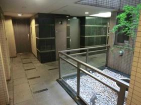 新宿駅 徒歩7分その他
