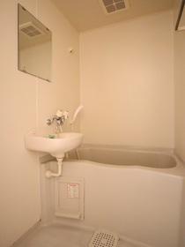 https://image.rentersnet.jp/0f0746e6-756f-49a6-9574-a3f60b42294f_property_picture_955_large.jpg_cap_バス