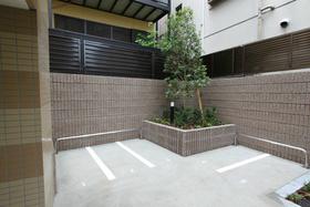 板橋本町駅 徒歩14分駐車場