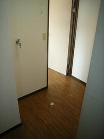 ミネクレスト 302号室