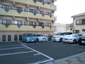 スカイコート神奈川新町駐車場