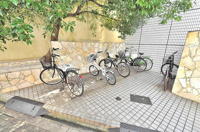 大宝 小阪CTスクエア あなたの大事な自転車も安心してとめることができますね。