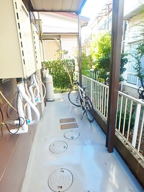 East garden with HASHIMOTO共用設備