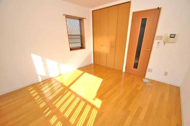 フレンテ田中 明るいお部屋はゆったりとしていて、心地よい空間です