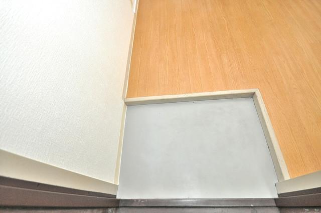 ファースト田島 素敵な玄関は毎朝あなたを元気に送りだしてくれますよ。
