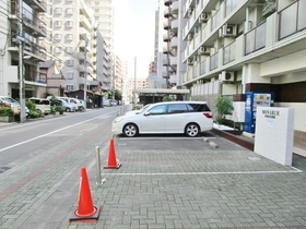 モナークマンション相模原参番館駐車場