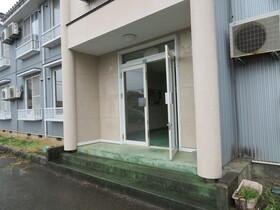 https://image.rentersnet.jp/103887b7-01c7-4fca-8e96-b95a17365ffe_property_picture_959_large.jpg_cap_エントランス