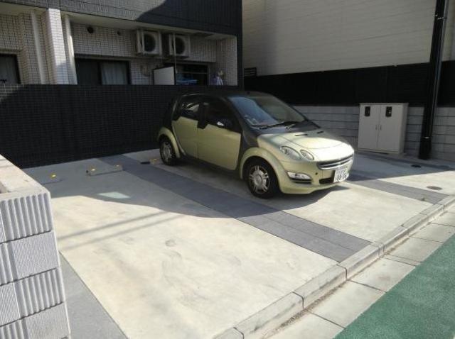 ミリアビタNO.18駐車場
