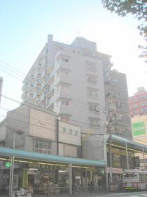 ローヤルマンション三軒茶屋の外観画像