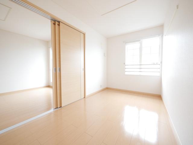 カーサドマーニⅡ居室