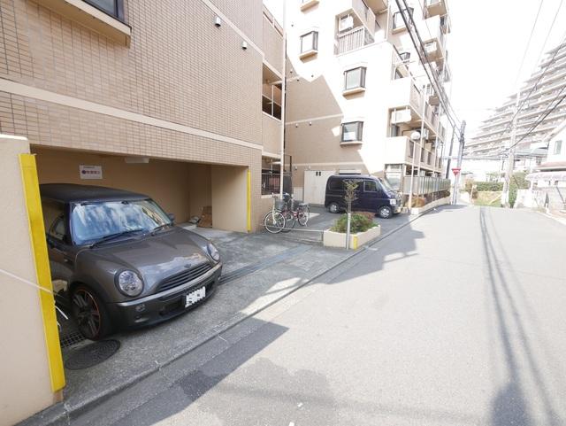 ライオンズマンション相武台前第5駐車場