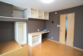 https://image.rentersnet.jp/10da1b1e-ff78-41a9-af98-ddf95cc89f64_property_picture_956_large.jpg_cap_居室