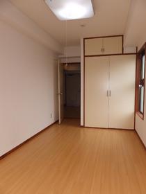 ベルハイツ 301号室