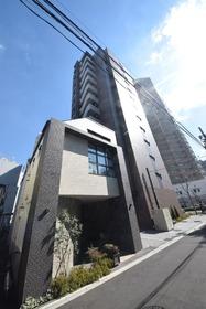 パークキューブ西新宿の外観
