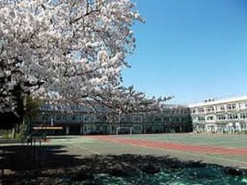 https://image.rentersnet.jp/10ffd88a-24be-4c96-807b-2fb68d79f29c_property_picture_961_large.jpg_cap_北区立滝野川第五小学校