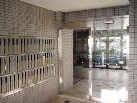 駒場東大前駅 徒歩6分エントランス