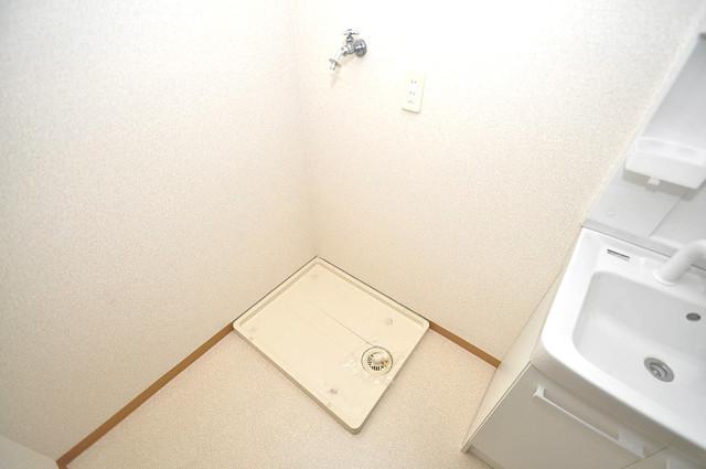 カーサノベンタ 洗濯機置場が室内にあると本当に助かりますよね。
