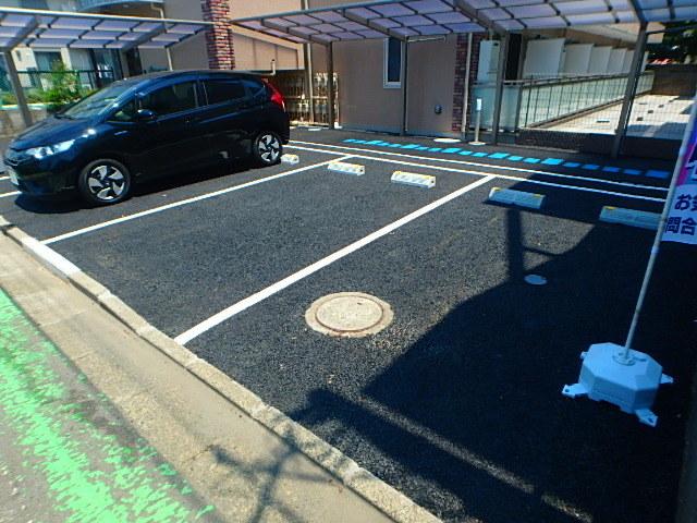 ハートランド駐車場