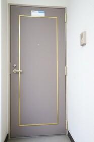 トミー戸越 302号室