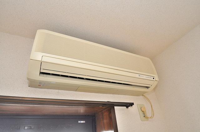 リバーサイド金岡Ⅱ番館 エアコンがあるのはうれしいですね。ちょっぴり得した気分。